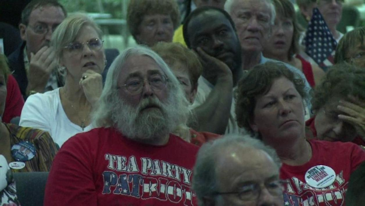A Tampa, les militants du Tea Party se mobilisent