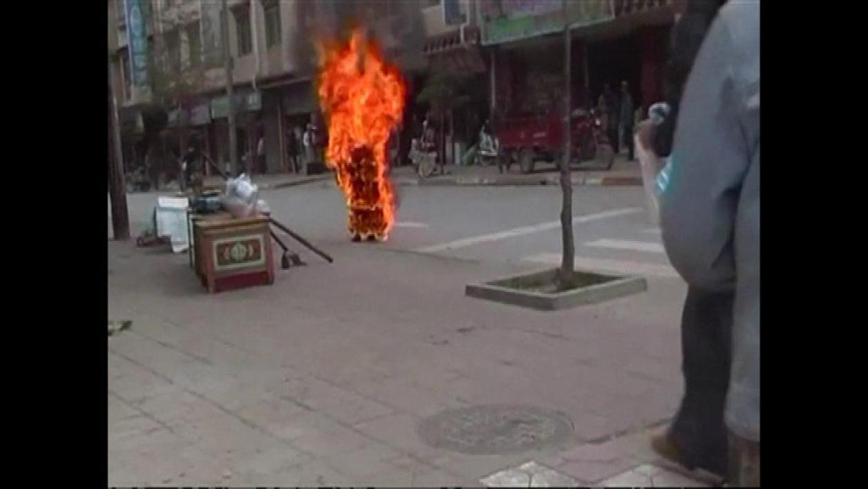 Chine : 11 immolations par le feu de bouddhistes