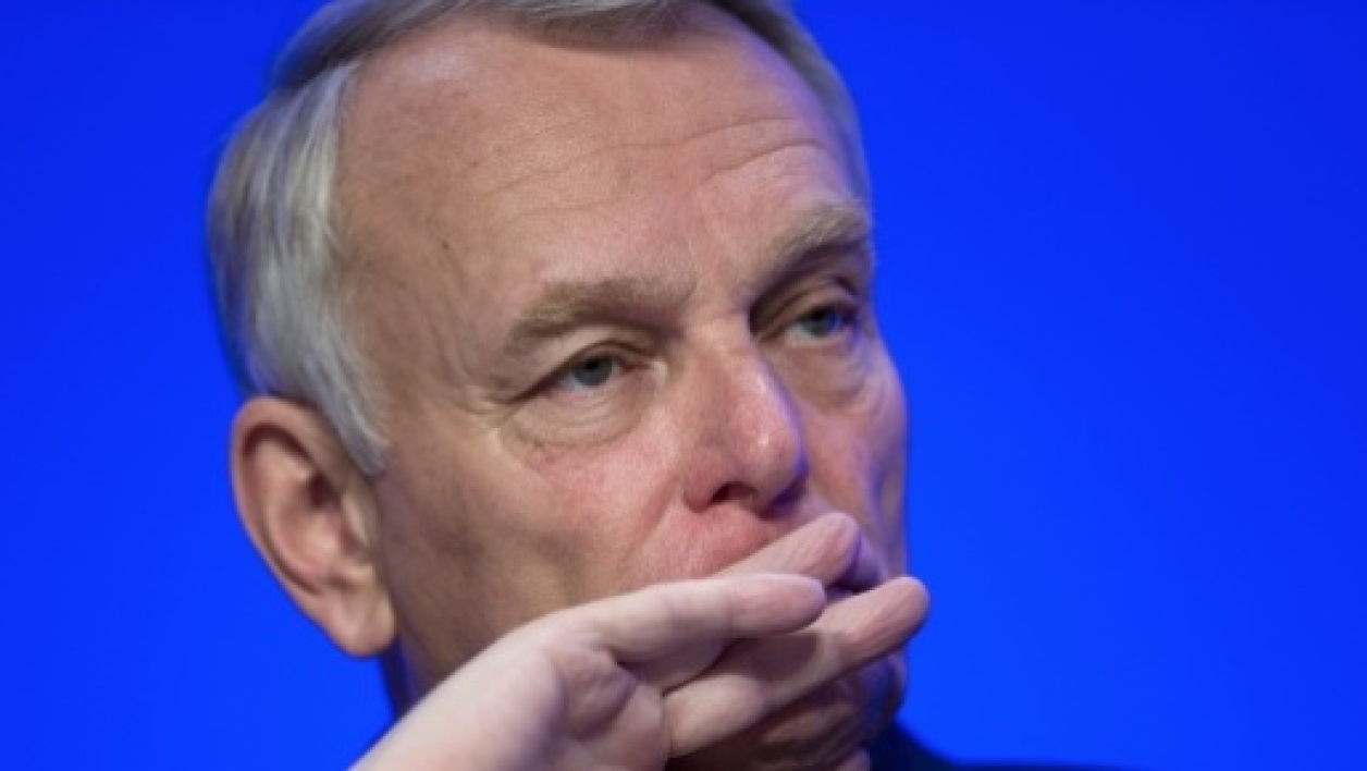 "Ayrault est sous la menace du ""syndrome Edith Cresson"""