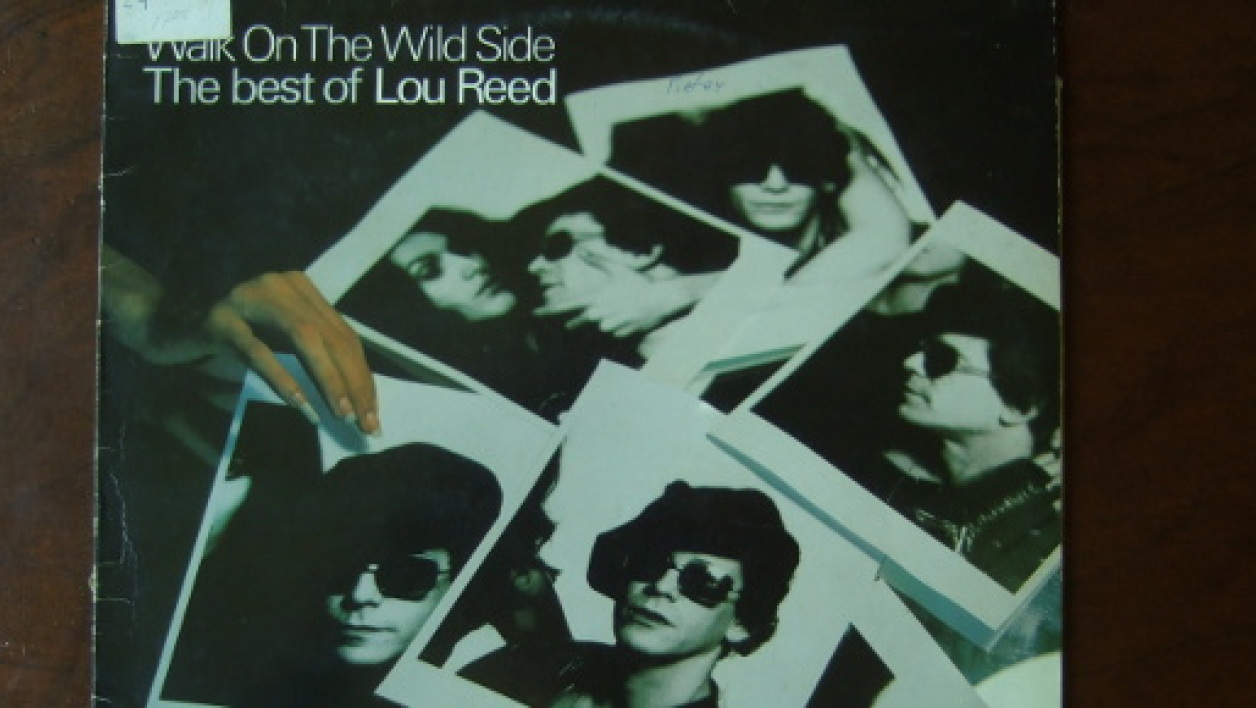 "L'album ""Walk on the Wild Side: The Best of Lou Reed"", est sorti en 1977."""