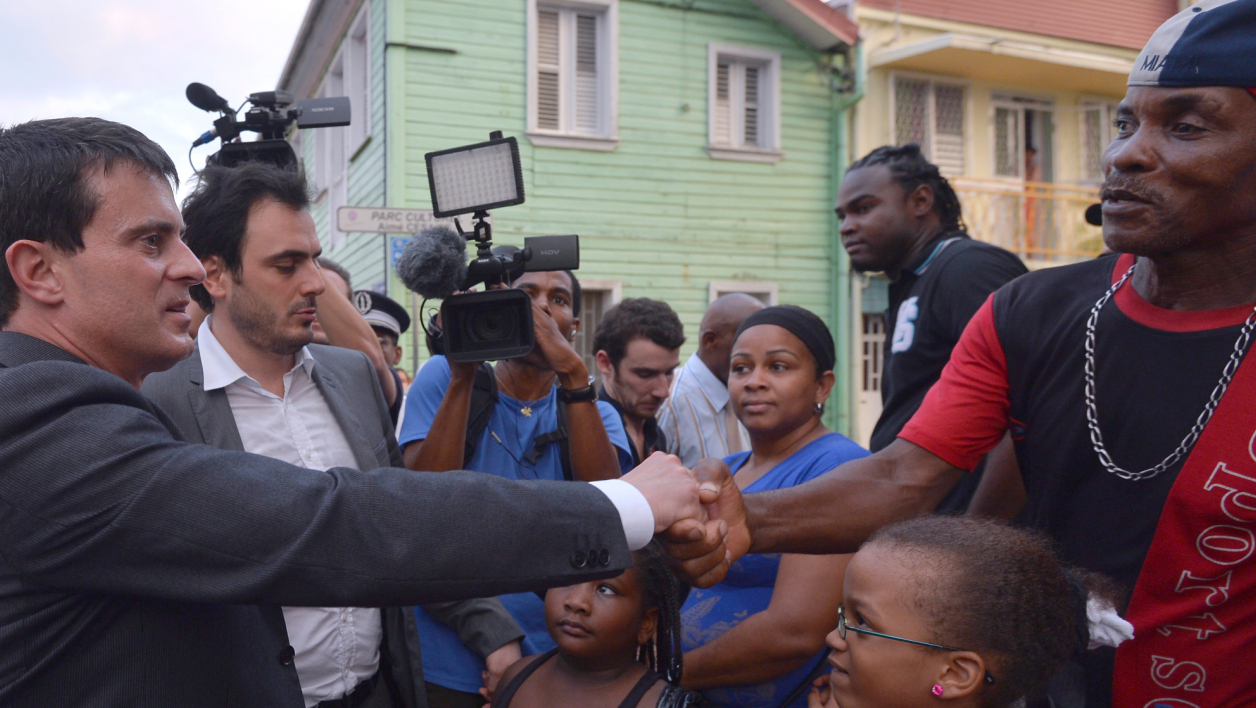 Manuel Valls en Martinique, le 16 octobre 2013.