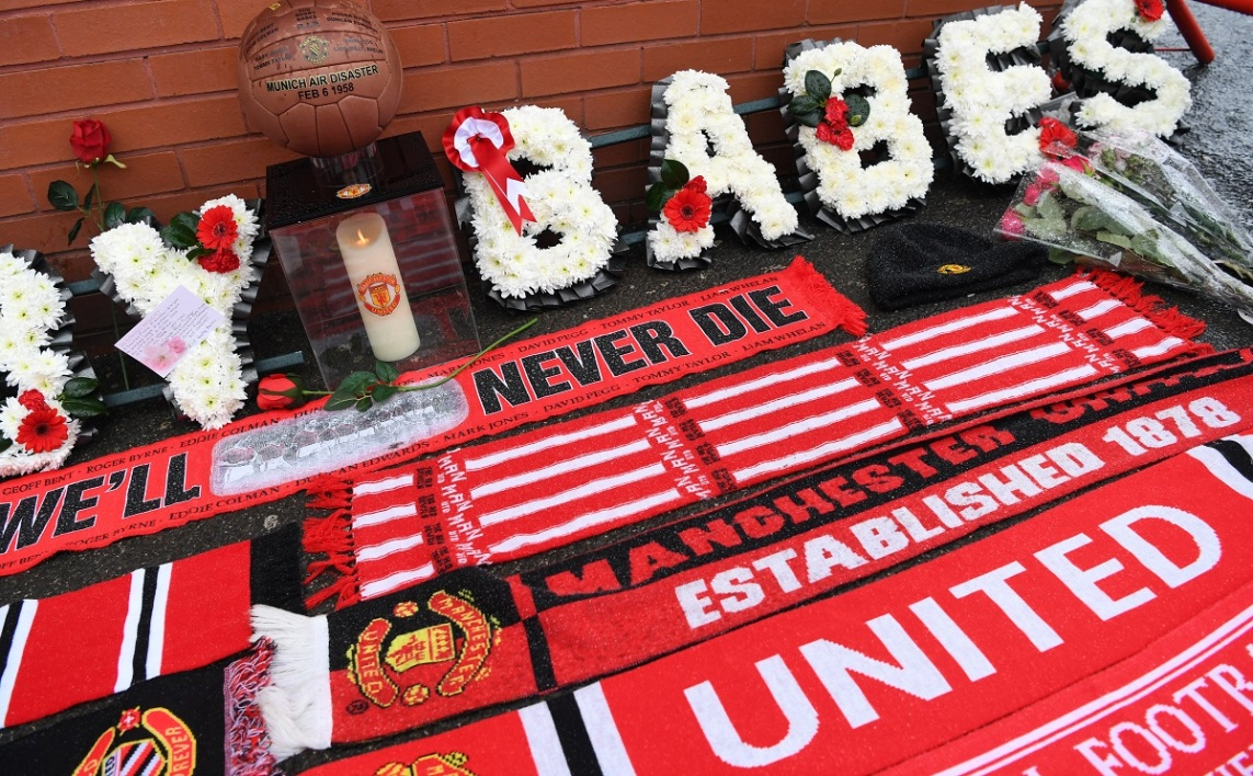 "Manchester United rend hommage aux ""Busby Babes"""