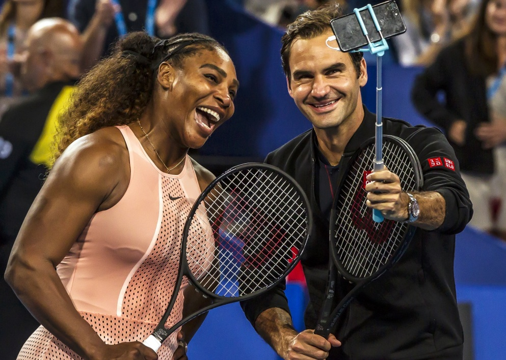 Federer williams serena AFP.jpg