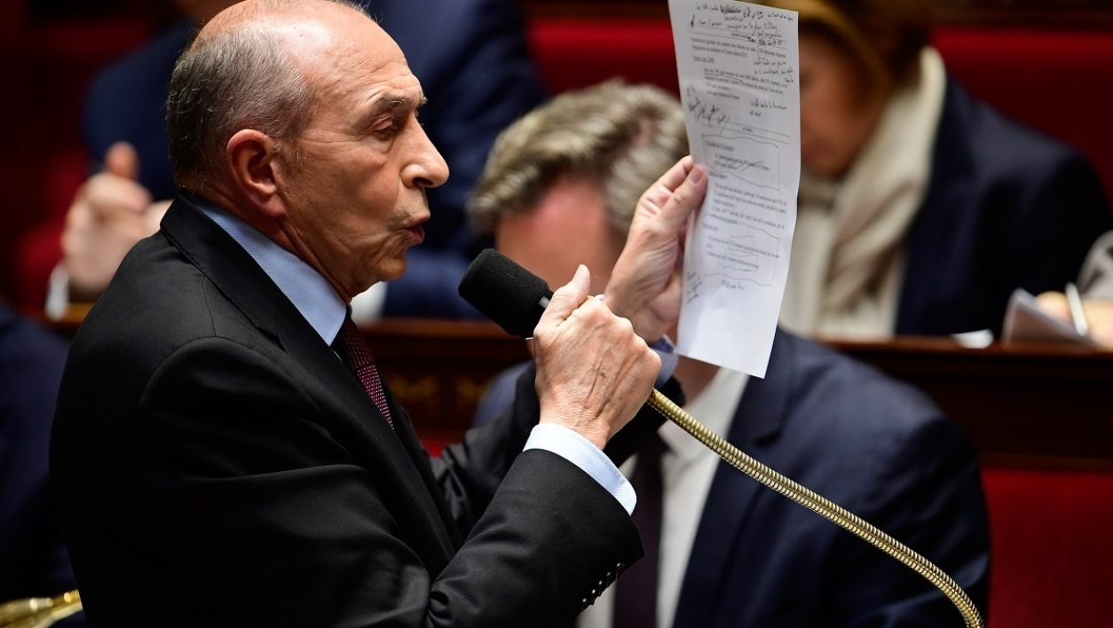 Immigration collomb en a marre de passer pour le facho for Ministre de l exterieur