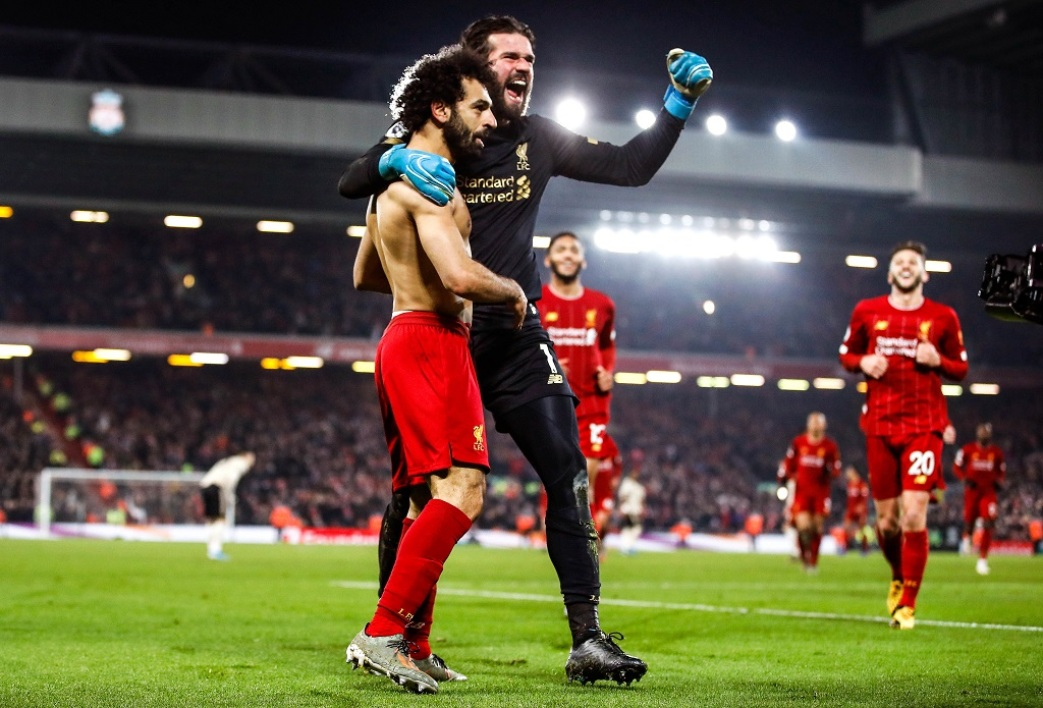 Liverpool: la course totalement folle d'Alisson après le but de Salah
