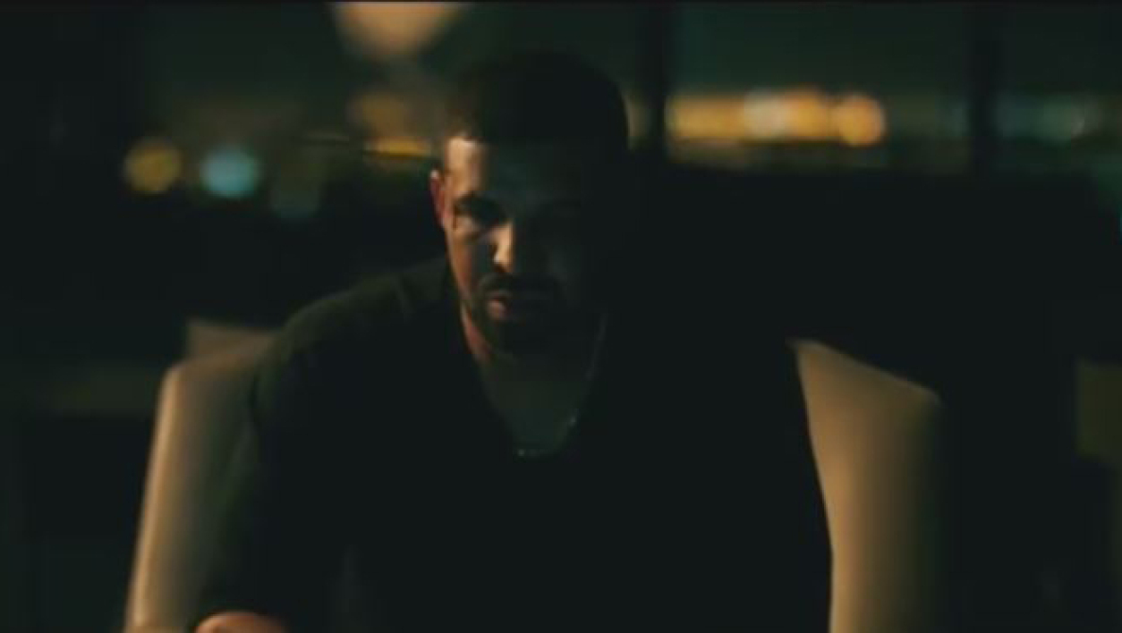 "Drake dans le court-métrage ""Please Forgive Me"""