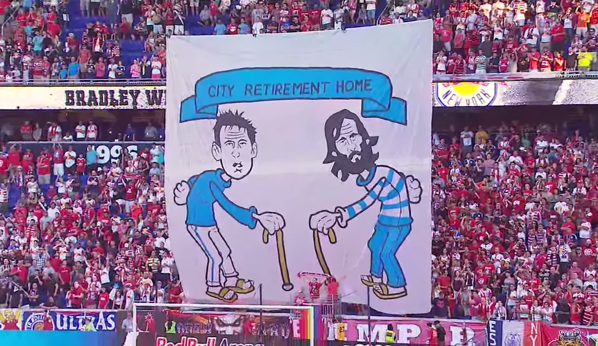 Les fans des New York Red Bulls se moquent de Pirlo et Lampard