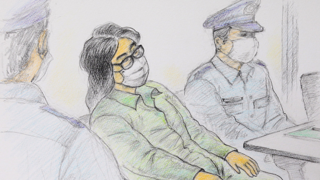 This court sketch drawing created by Masato Yamashita on September 30, 2020 shows Takahiro Shiraishi (C), at the first trial at Tokyo District Court Tachikawa Branch in Tachikawa
