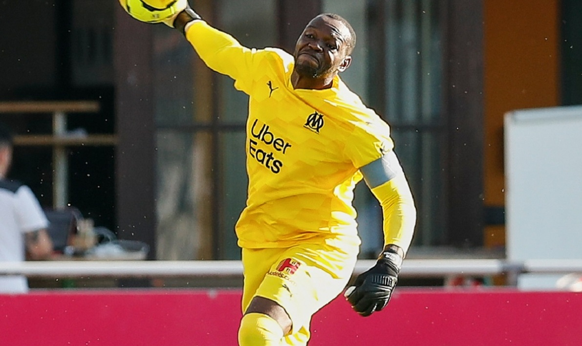 Mandanda 190720 iconsport.jpg