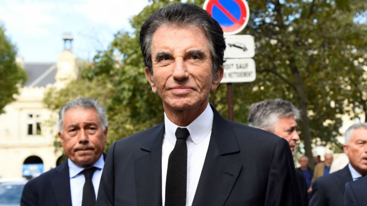 French former culture minister and President of the Arab World Institute (IMA) Jack Lang arrives at the Saint-Sulpice church to attend the funeral of late actress Mireille Darc on September 1, 2017 in Paris. Mireille Darc died at age 79 on August 28, 2017, according to her family. Bertrand GUAY / AFP