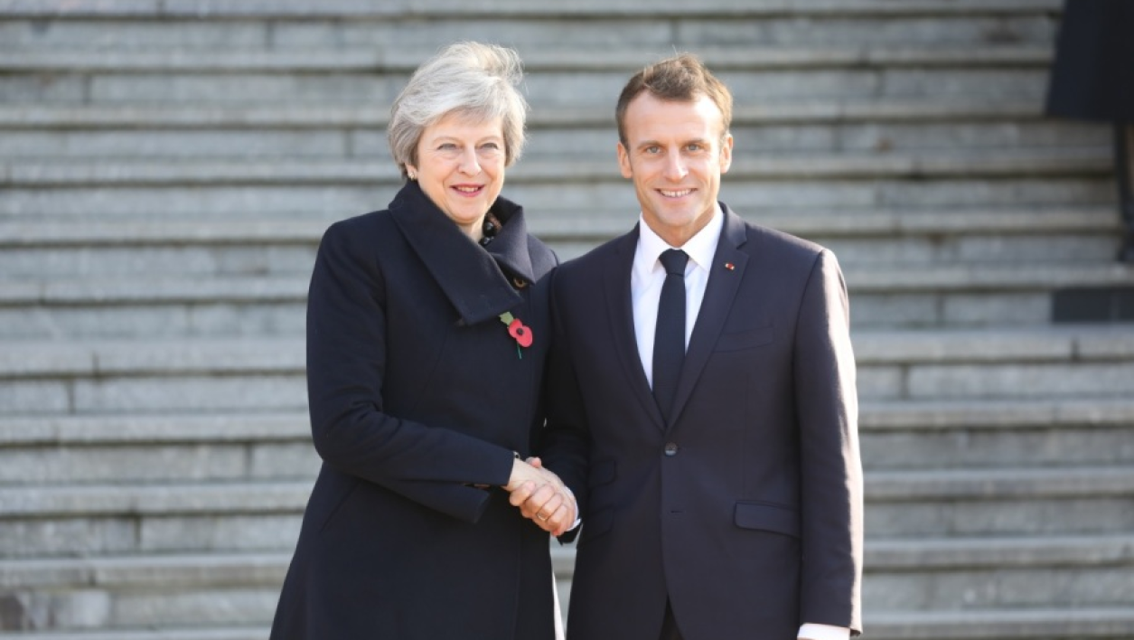 Image d'illustration - Theresa May et Emmanuel Macron