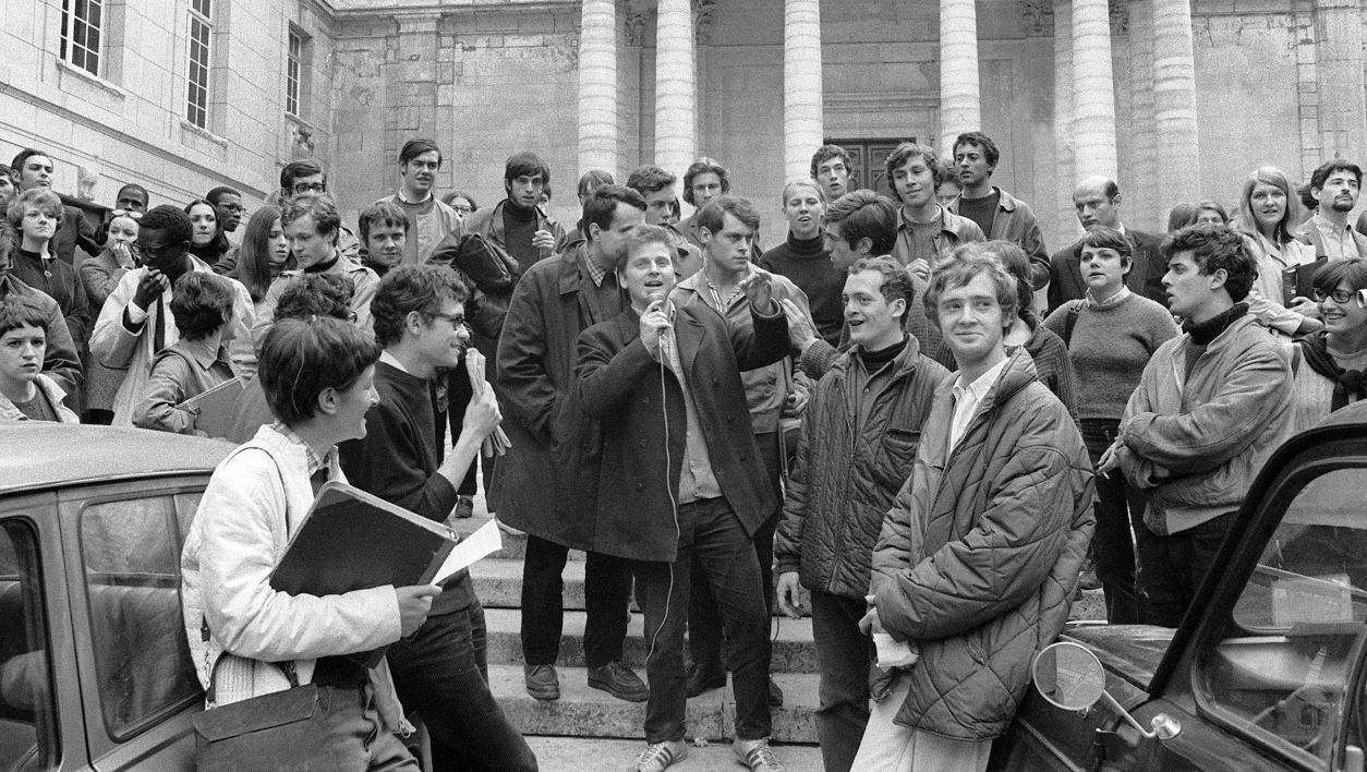 Daniel Cohn-Bendit (C-holding microphone), one of leaders of the student protesters during May 1968 in France, addresses students 03 May 1968 in front of Paris Sorbonne-University.