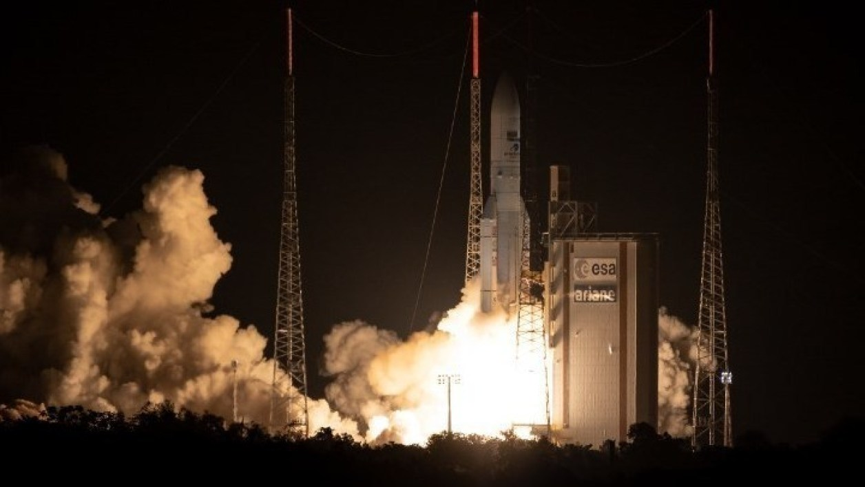 Calendrier Lancement Ariane 2019.Arianespace Reclame Une Nouvelle Ambition Europeenne