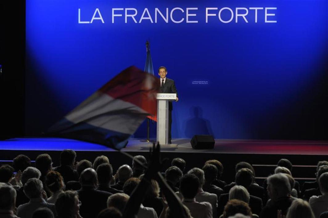 Nicolas sarkozy justifie son offensive sur l'immigration