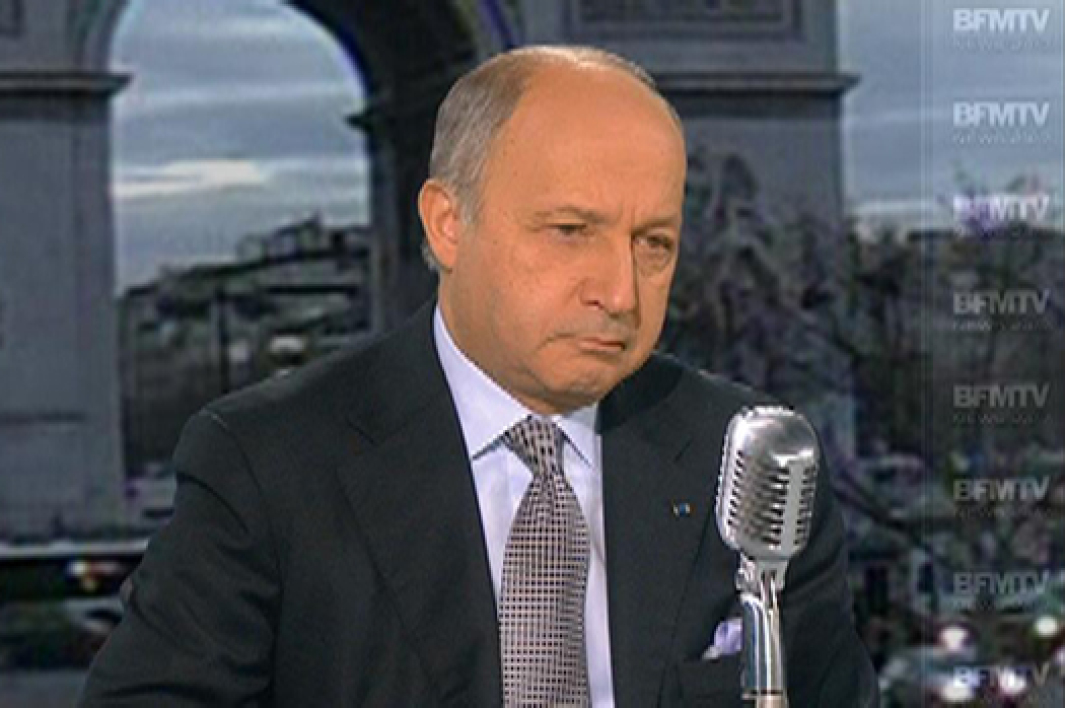Laurent Fabius, invité de Bourdin Direct lundi matin, met en garde le PS contre ses divisions.