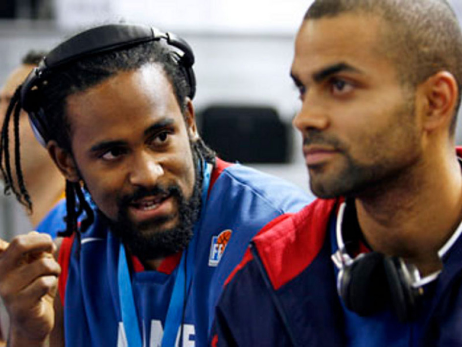 Ronny Turiaf is supposed to play for ASVEL during the lockout.