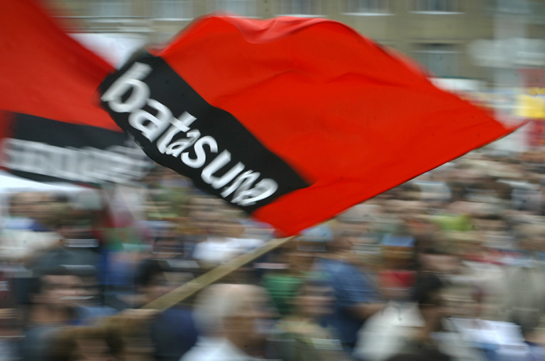 Le parti nationaliste basque Batasuna annonce sa dissolution