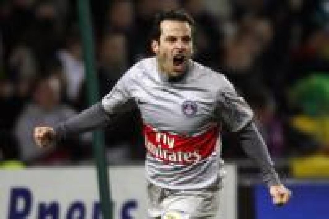 Ludovic Giuly, attaquant du PSG