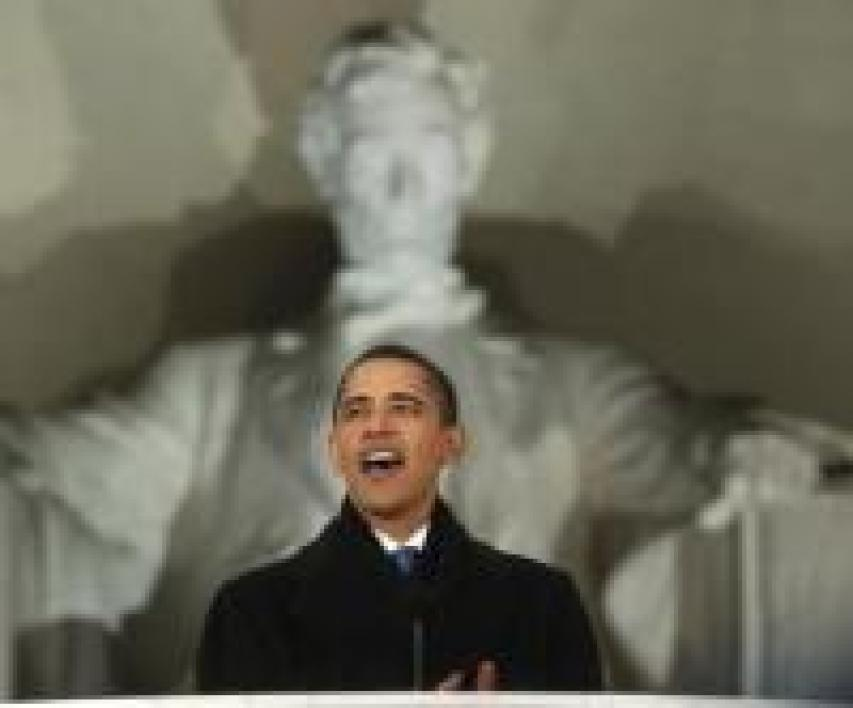 Barack Obama devant le Memorial Lincoln à Washington