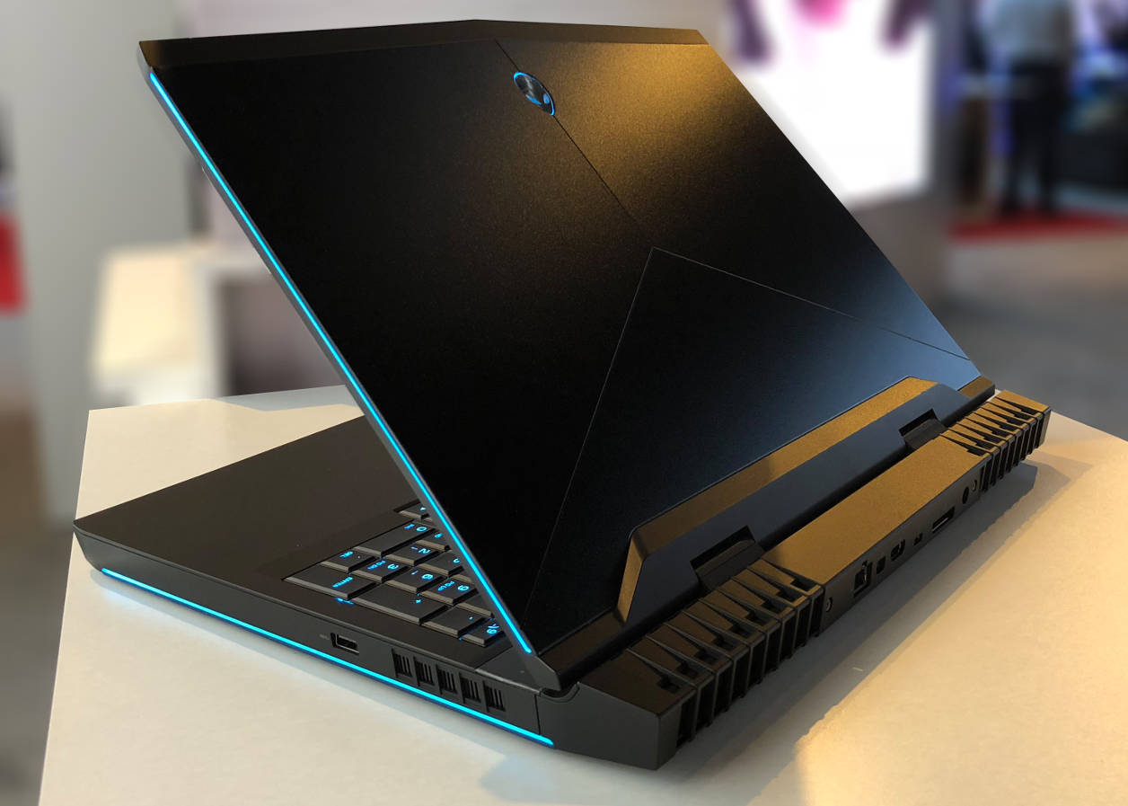 Dell Alienware 15 et 17 finition Black