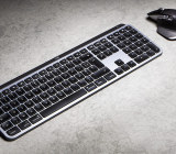 MX Keys for Mac (Logitech)