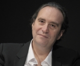 Xavier Niel met la main sur Orange Suisse