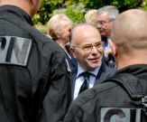 Cazeneuve expose son plan d'action contre le jihad