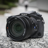 Test : Sony Cyber-shot RX10 Mark IV, simplement le meilleur bridge du monde