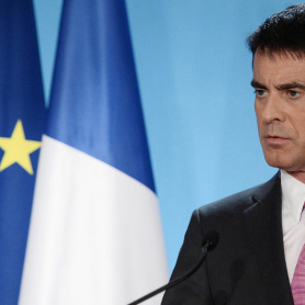 Départementales: Manuel Valls, chef de file du PS contre le FN<br>