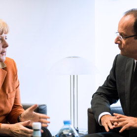 Hollande et Merkel, un accord au bout de la nuit
