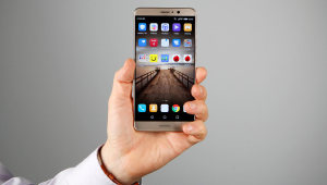 Test : Huawei Mate 9, le smartphone qui va faire oublier le Galaxy Note 7 ?