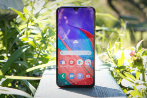 Samsung Galaxy A40 : le test complet - 01net.com