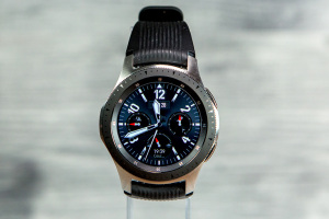 Samsung Galaxy Watch 46 mm : le test complet - 01net.com