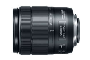 EF-S 18-135mm f/3.5-5.6 IS USM (Canon)