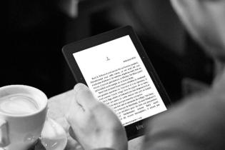 Kindle Voyage Wi-Fi (Amazon)