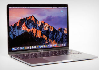 Apple MacBook Pro 13 pouces 256 Go Core i5 2 GHz