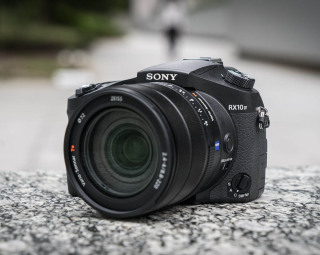 Cyber-shot RX10 Mark IV (Sony)