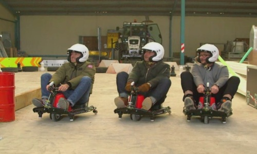 Top Gear France: Le Tone remporte une folle course de Crazy Cart