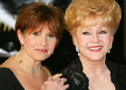 Debbie Reynolds et Carrie Fisher, une relation mère-fille complexe au royaume d'Hollywood