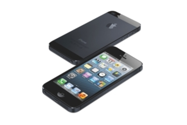 L'iPhone 5S avec un double Flash et l'iPhone low cost repoussé en 2014