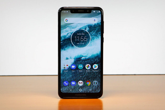 french days le smartphone motorola one moins de 200 euros