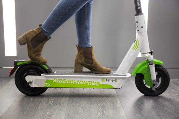 La nouvelle version de la trottinette électrique Lime-S.