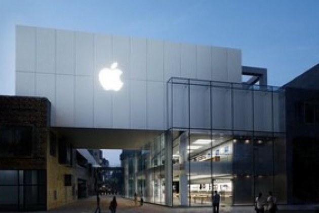 Apple lance en Chine l'iPhone 5 et l'iPad mini