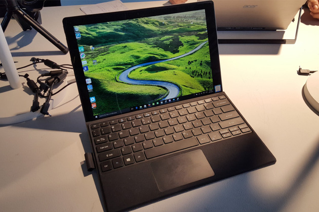 Acer Switch Alpha 12 : premier contact avec une concurrente de la Microsoft Surface Book