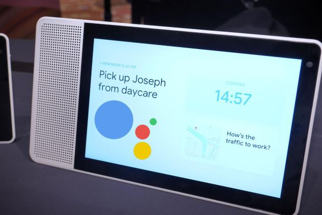 Premier contact avec le Smart Display de Lenovo : quand Google Home se pare d'un écran