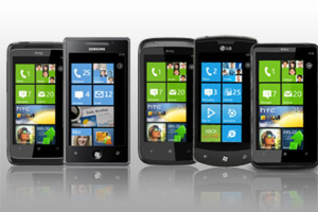 Les cinq smartphones Windows Phone 7 en images