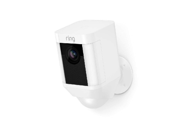 Bon plan : la caméra de surveillance Ring Spotlight Cam Battery à 169 euros