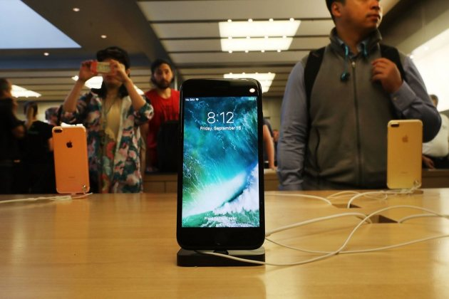 Un iPhone 7 dans l'Apple Store de Manhattan (New York).