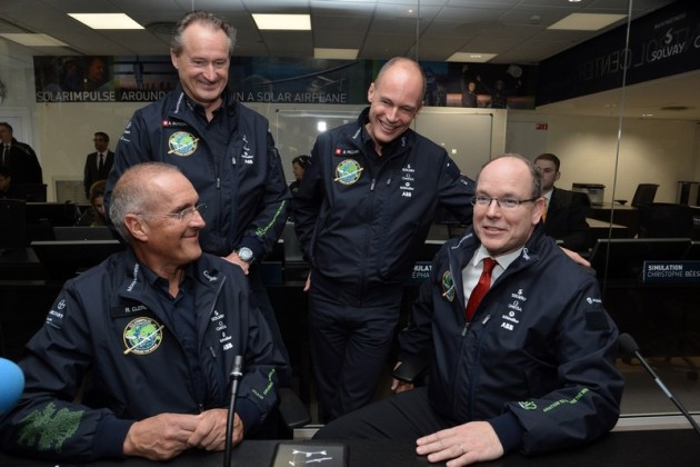 Solar Impulse : dans les coulisses du centre de mission