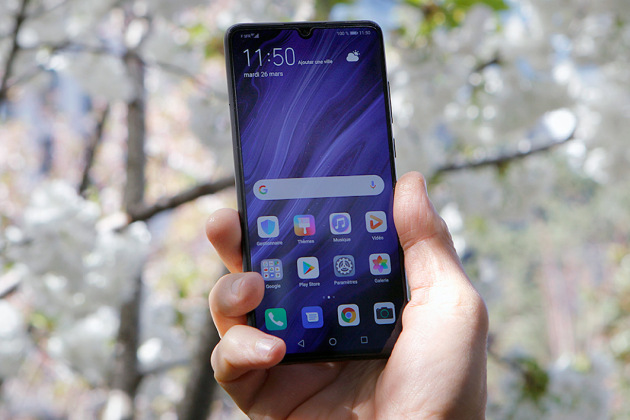 French Days : le smartphone Huawei P30 128 Go à 499 euros